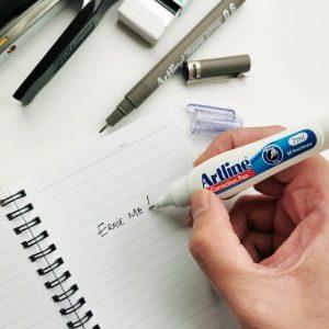 bút xóa Artline
