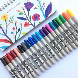 bút cọ vẽ màu nước
